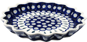Polish Pottery Quiche / Scalloped Pie Dish, Classic Pattern Peacock