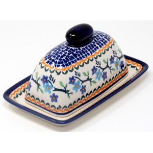Butter Dish in Traditional Pattern from Polish Pottery Boleslawiec 7.5 Inch x 4.4 Inch