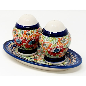 Salt & Pepper Shakers, Polish Pottery Painted by Tomaszewska