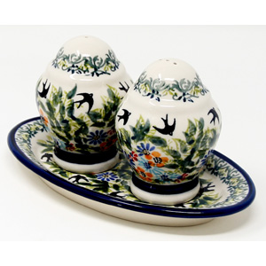 Salt & Pepper Shakers, 4 Ounces Capacity from Zaklady in DU182 Pattern